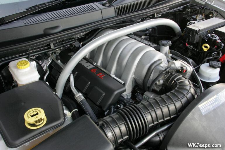 2006 jeep grand cherokee srt8 engine bay