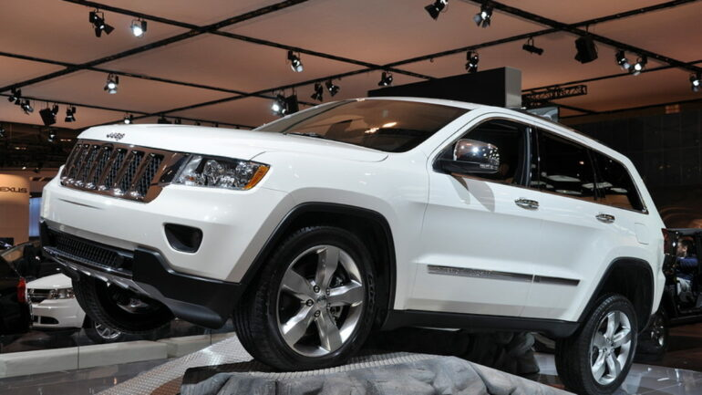 2011 jeep grand cherokee off-road demonstration