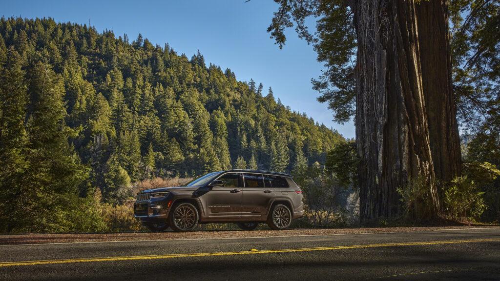 2021 Jeep Grand Cherokee wallpapers