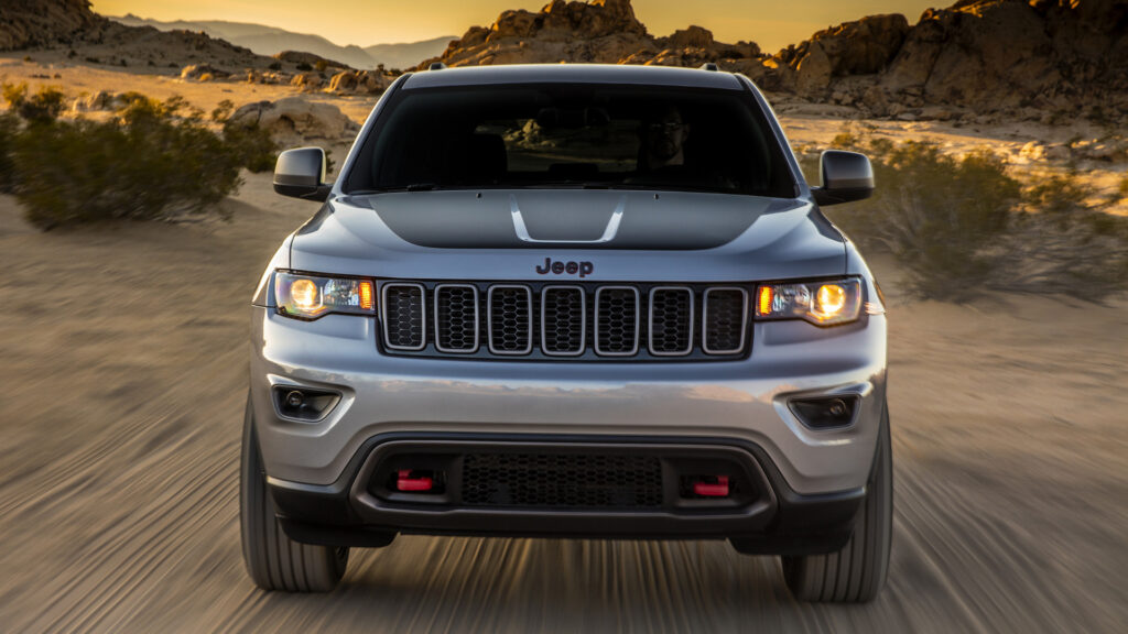 2017 Jeep Grand Cherokee wallpapers