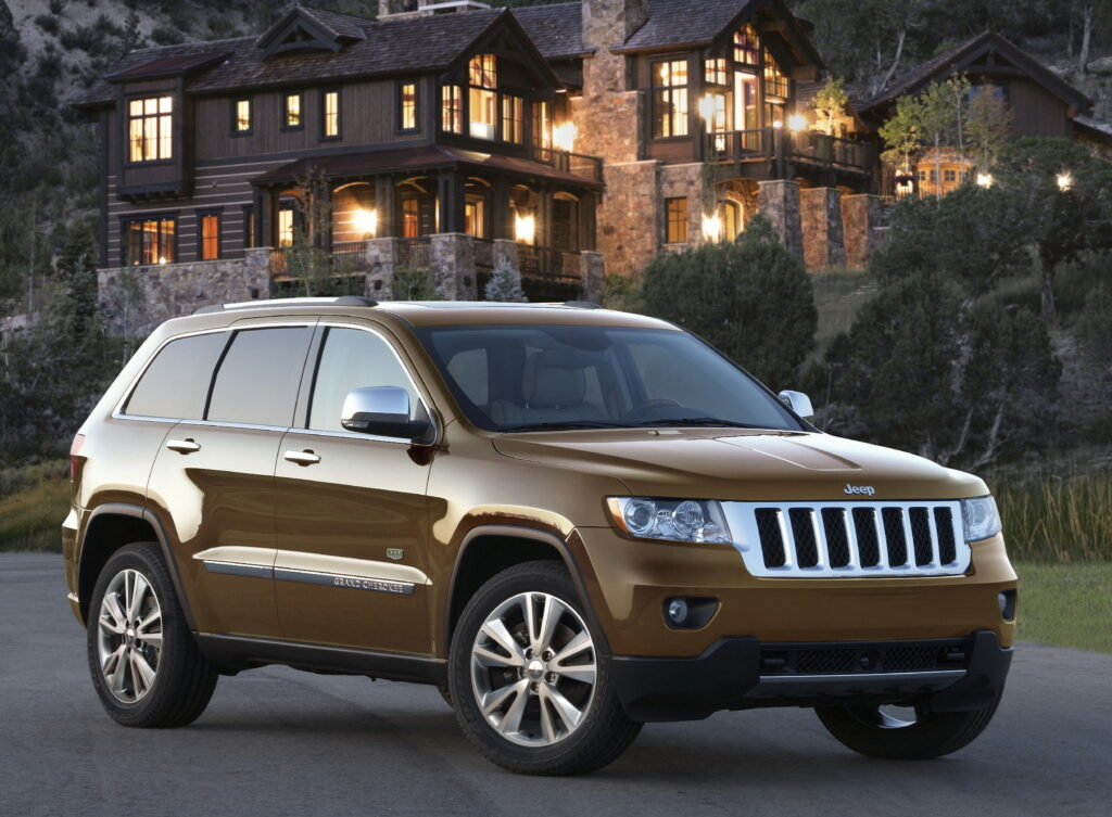 2011 Jeep Grand Cherokee wallpapers
