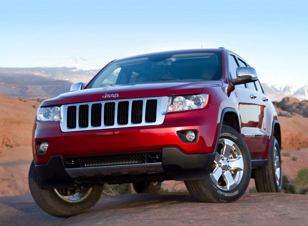 2010 Jeep Grand Cherokee wallpapers