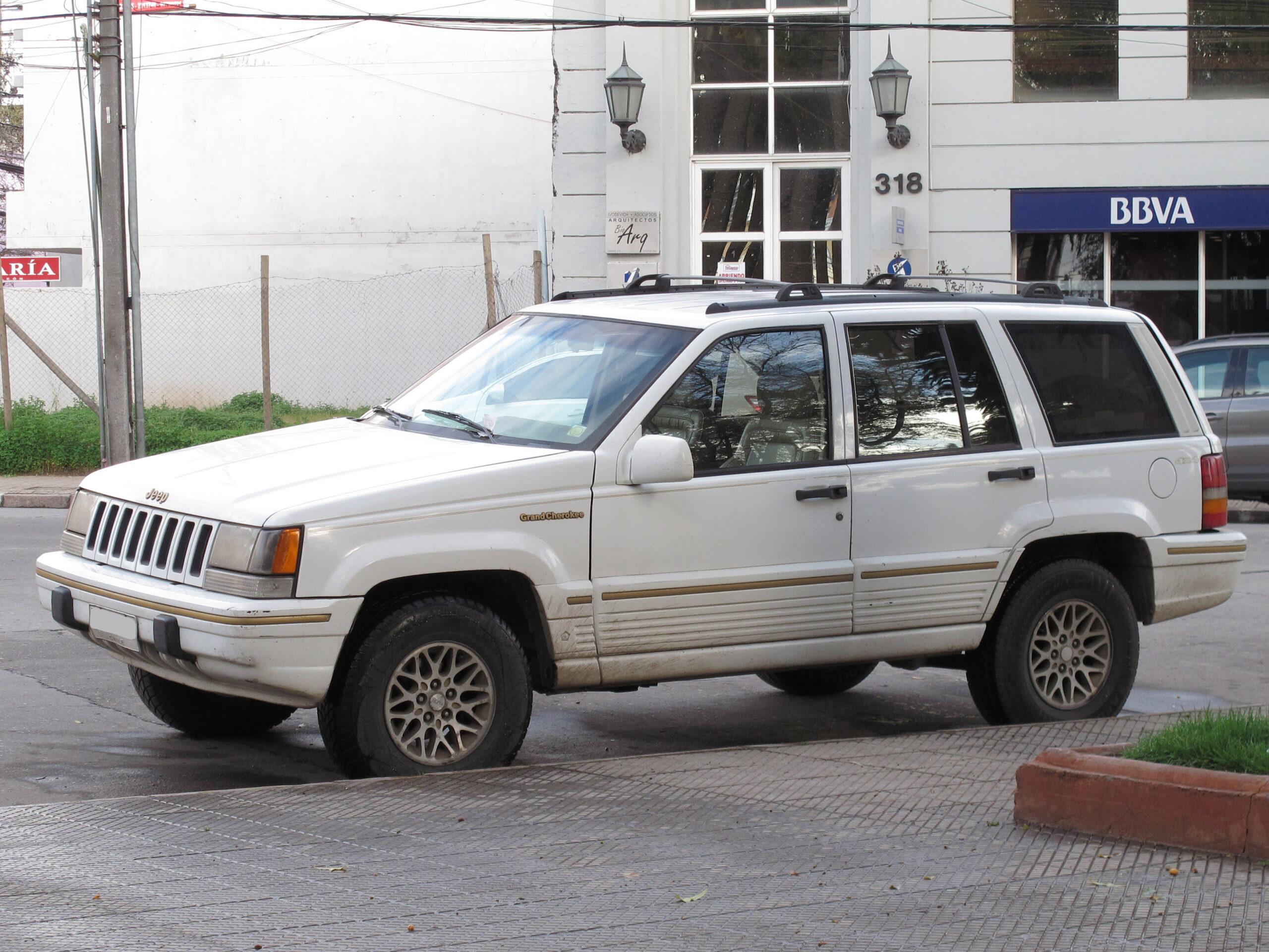 White 1994 Jeep Grand Cherokee